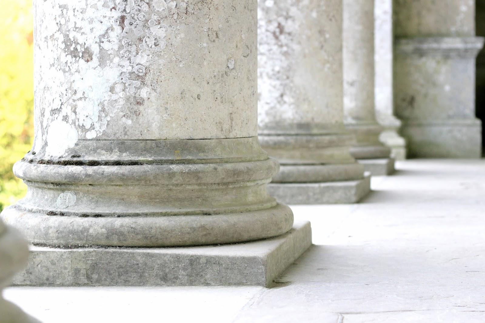 Stourhead gardens pantheon roman columns photography