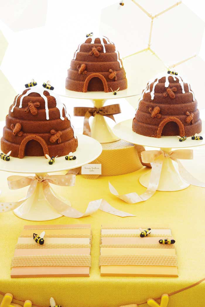 Honey Bee Birthday Desserts Table Ideas - via BirdsParty.com