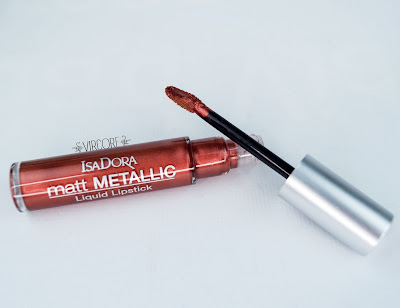 Matt Metallic Liquid Lipstick isadora
