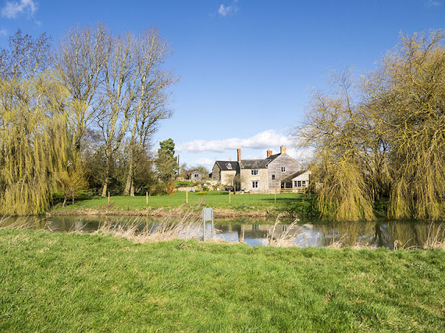 House at Haversham weir