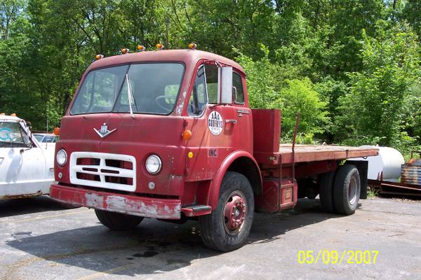 1969 IH Rollback Used Truck Today - Old Truck