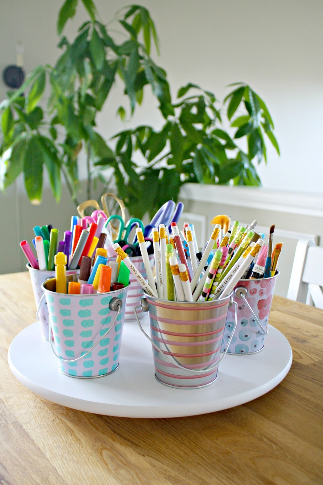 Pretty ways to organize everyday items from thrifty decor for Diy handicraft items