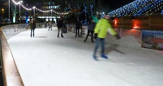 Pista de patinaje sobre hielo Ice Rink.