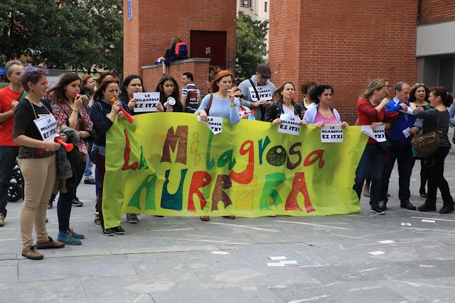 Protesta de la comunidad del colegio La Milagrosa