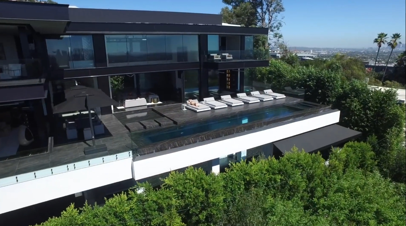 49 Photos vs. $40,000,000 | Holywood Hills Mega Mansion | Los Angeles - Luxury 2-Level Swimming Pools Home & Interior Design Video Tour