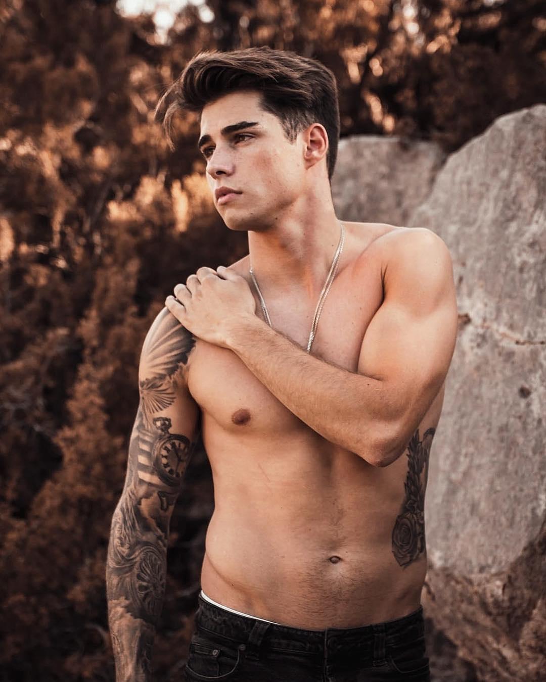 Top Male Model Maria Casals - So Handsome - Kasep Model