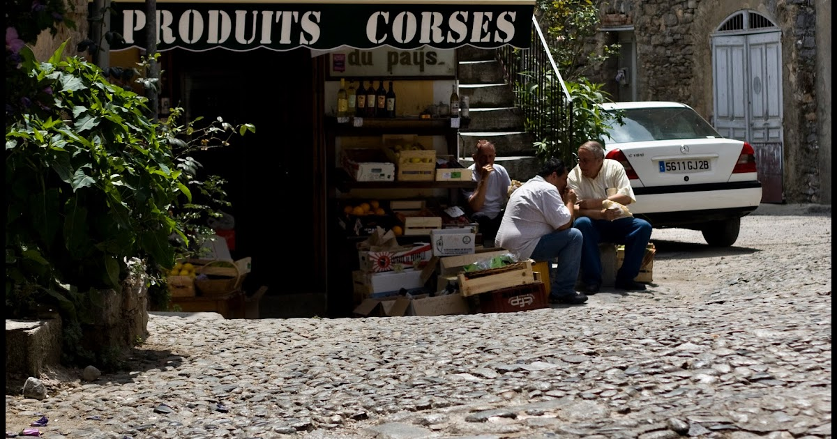 cobble stone roads, old stores, alley ways.....8 days