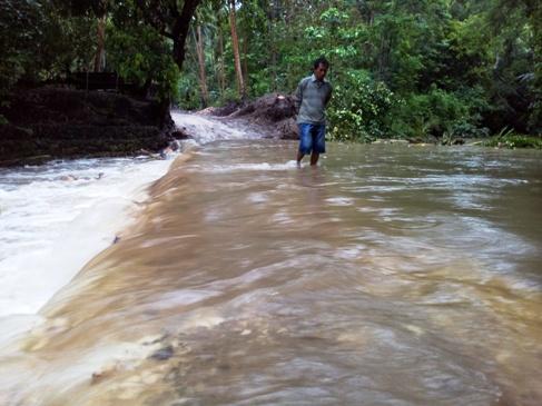 Hujan Guyur, Selayar, Begini Kondisi Jalur Alternatif S.Appabatu