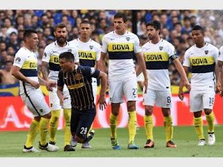 En duelo picante, Boca empató 1-1 con Rosario Central y se aleja del líder. Gutiérrez enfureció a la Bombonera tras su igualdad.
