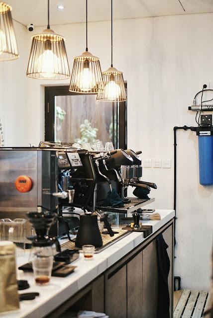 Pigeonhole Coffee Shophaus Menteng