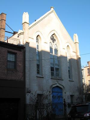 Tämä pikkuinen kirkko taitaa nykyään olla yksityiskoti 4db0eea170