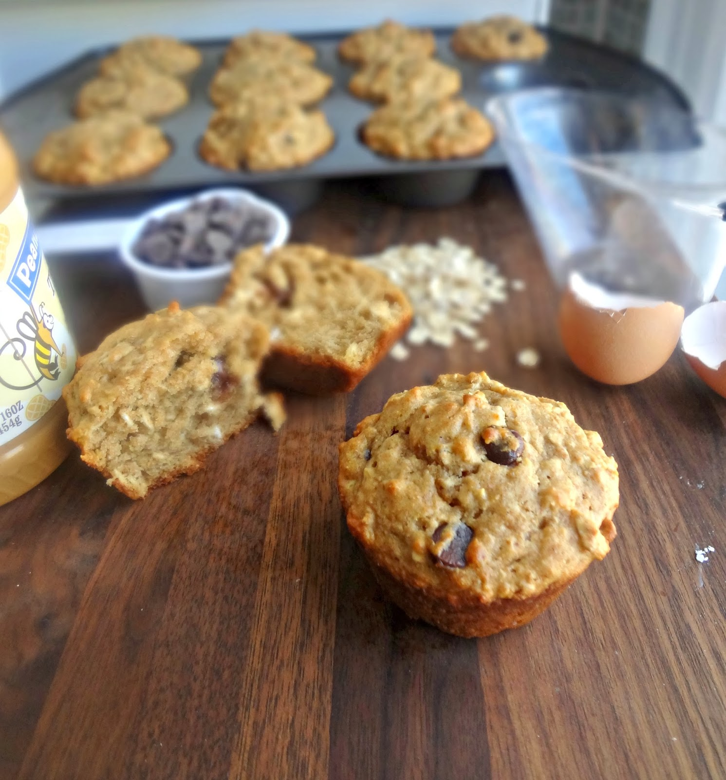 Peanut Butter Chocolate Chip Oat Muffins {HEALTHY}
