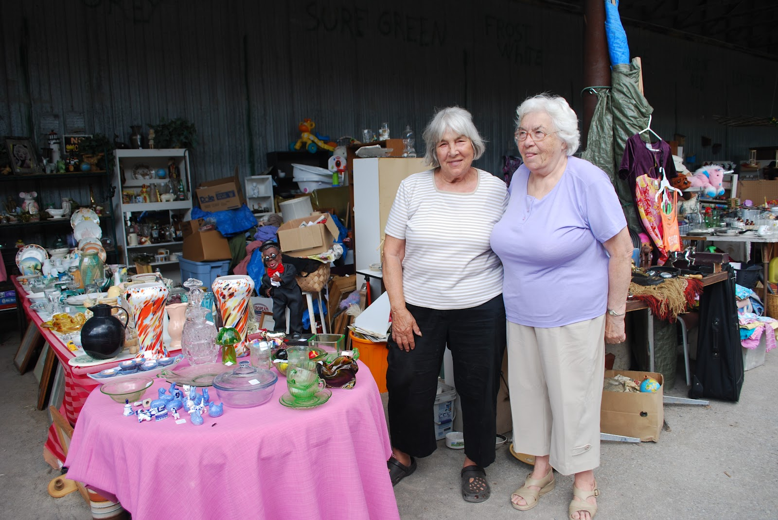 Reflective Thoughts by Barbara: A DAY AT A CANADIAN FLEA