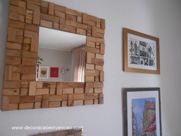 espelho diy com toquinhos de madeira
