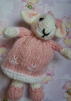 http://www.ravelry.com/patterns/library/bethanys-baby-bunny