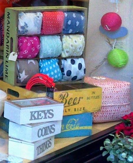 Cajitas llaves, monedas y cosas. Cajas retro almacenaje