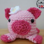 http://www.craftsy.com/pattern/crocheting/toy/doodle-zoo-6-petunia-the-pig/154706?rceId=1447968466601~dnrxmuxu