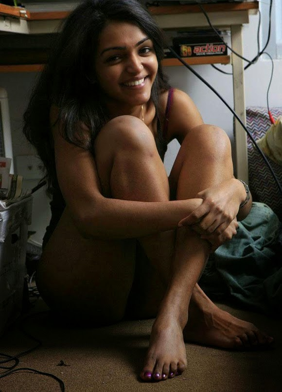 Cute bangalore girl nude show - 3 part 3