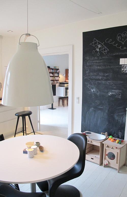 peinture ardoise aimant e. Black Bedroom Furniture Sets. Home Design Ideas