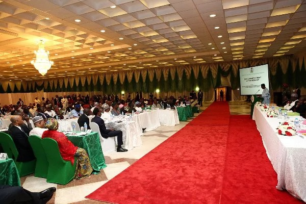 First details of 2017 budget emerges at anti-recession retreat