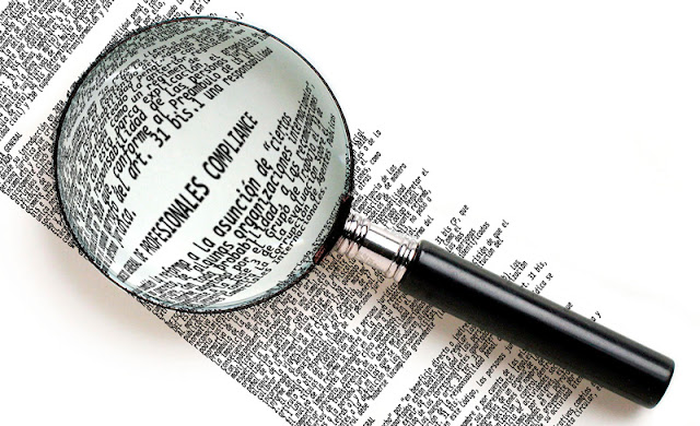 Letras compliance vistas a través de una lupa