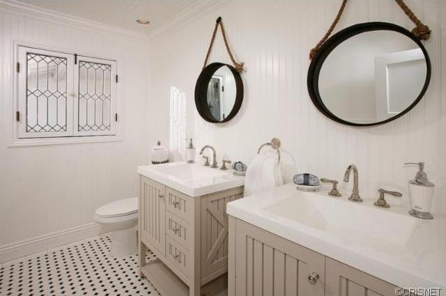 bathroom2 Alge Two Properties on