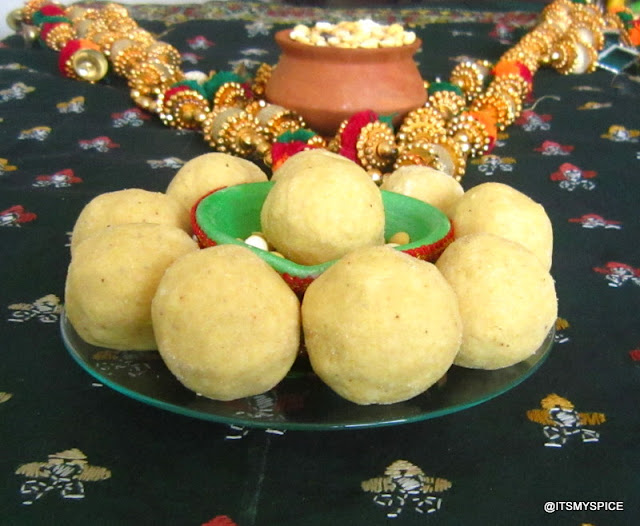 Pottukadali or roast gram ladoo