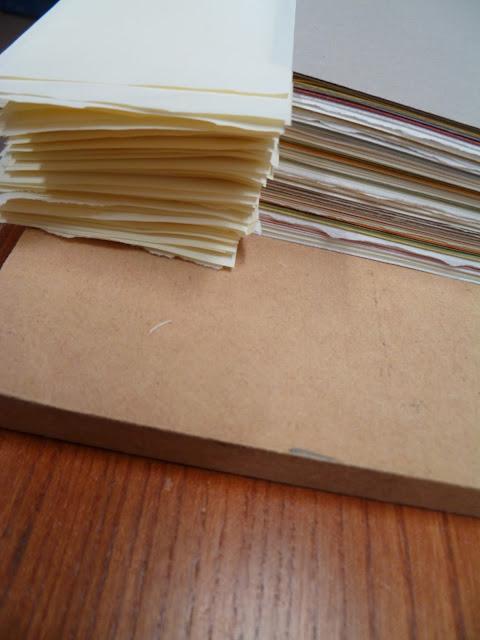9a8f94a47d43 Cette même technique peut être couplée avec des cahiers dans un même livre  pour le montage de cartes en fin de volume ou de documents ajoutés pour des  ...