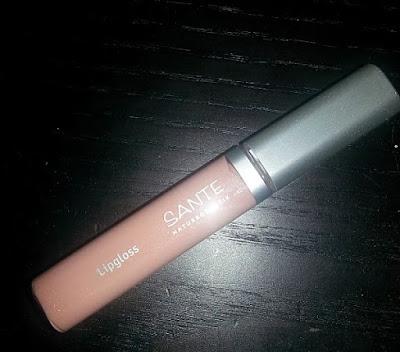cosmetica-natural-essentia-box-sante-maquillaje-lipgloss