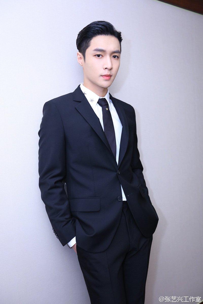 [TRANS] 170226 Lay Studio Weibo Update