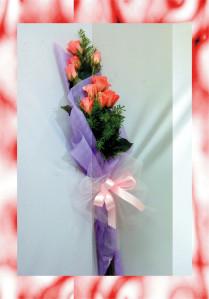 bó hoa giấy dạng tự do