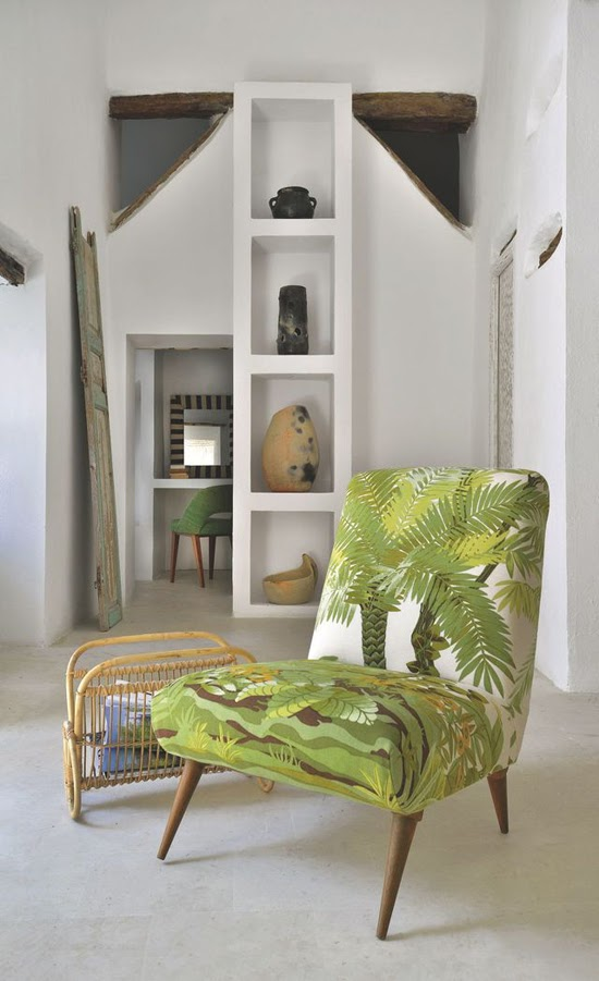 Safari Fusion blog >< A green seat | Medina simplicity with a Scandi inspired slipper chair, Tunis Tunisia