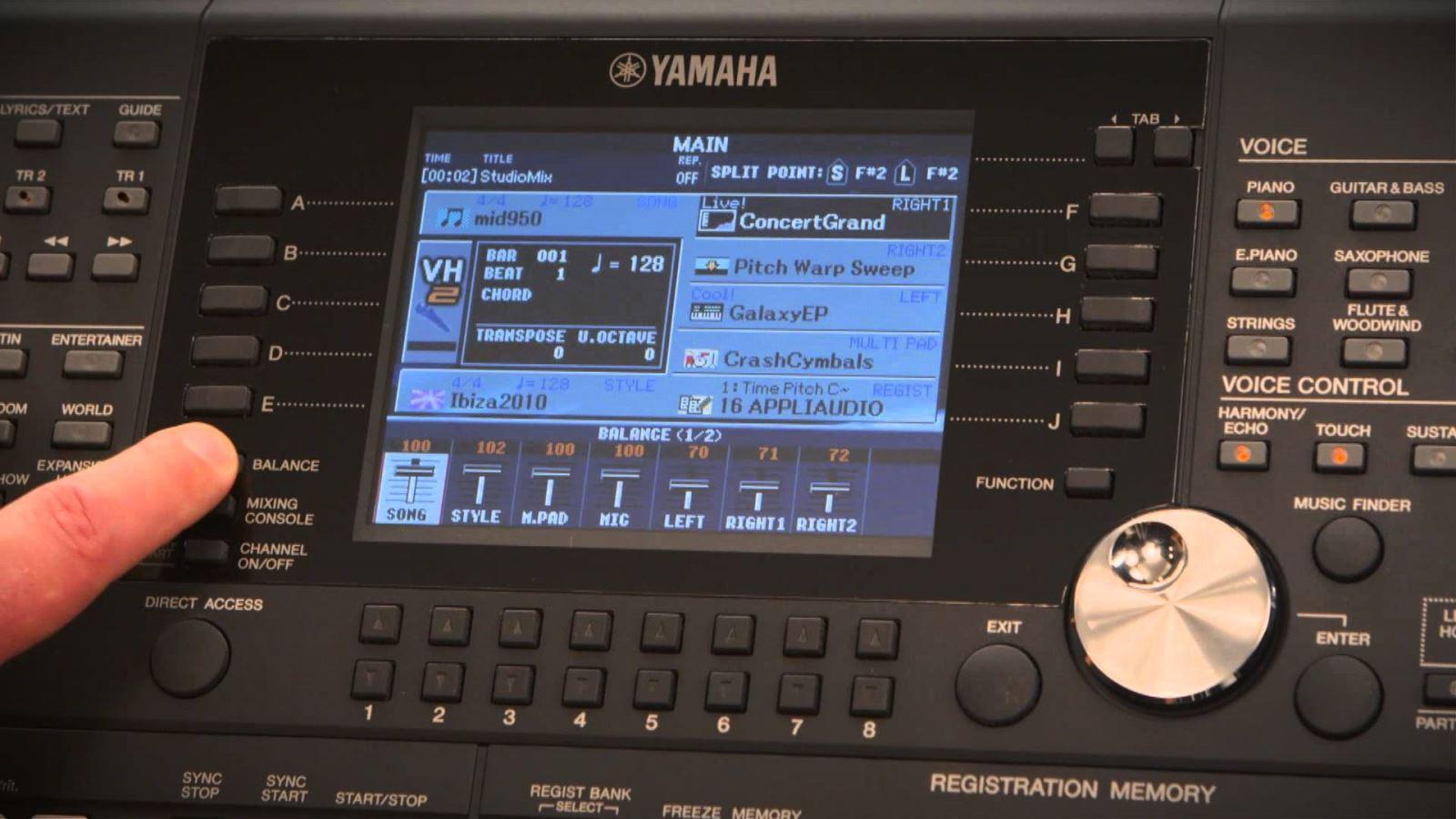 Yamaha PSR S990