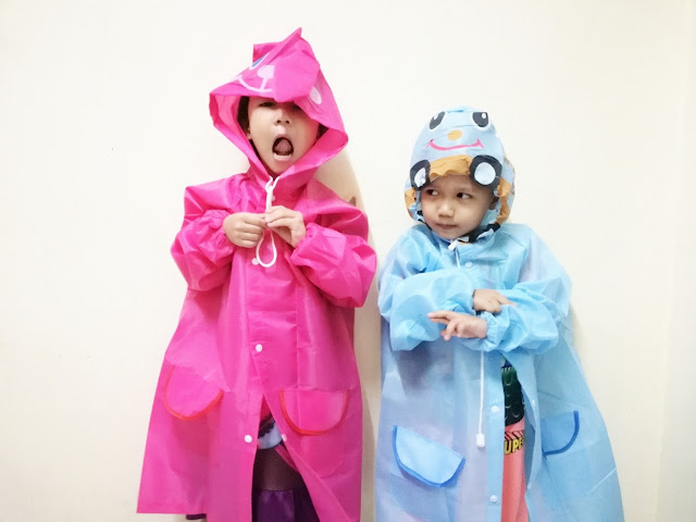 Baju Hujan a.k.a Raincoat For Kids !