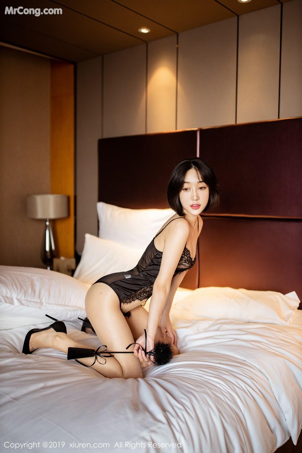Image XIUREN-No.1670-Xiao-Jiu-Yue-MrCong.com-002 in post XIUREN No.1670: Xiao Jiu Yue (小九月) (52 ảnh)