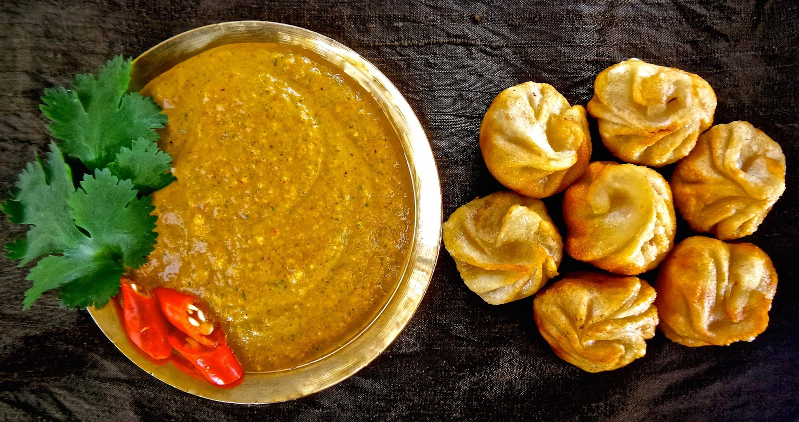 momo ko achar, Nepali, dumplings, momos, momo, chutney, hot, dip, dipping, authentic, traditional, sauce, tomato, timur, vegan, veg, vegetarian, recipe, easy, Nepal,