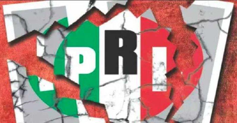 Más de 150 líderes renuncian al PRI en Aguascalientes.