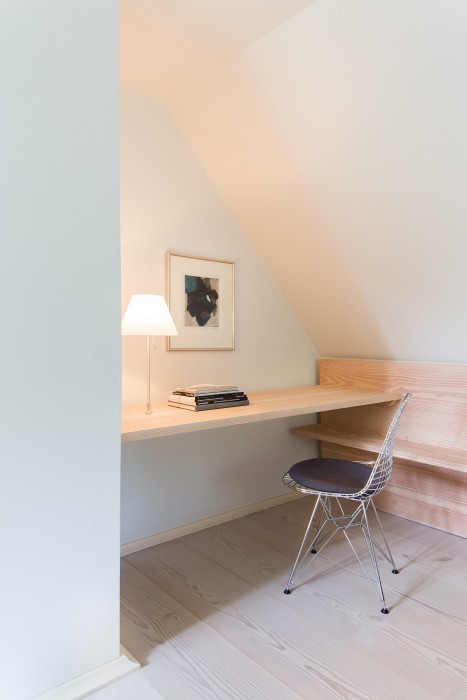 Built-in desk in a modern bedroom of European farmhouse on Hello Lovely Studio