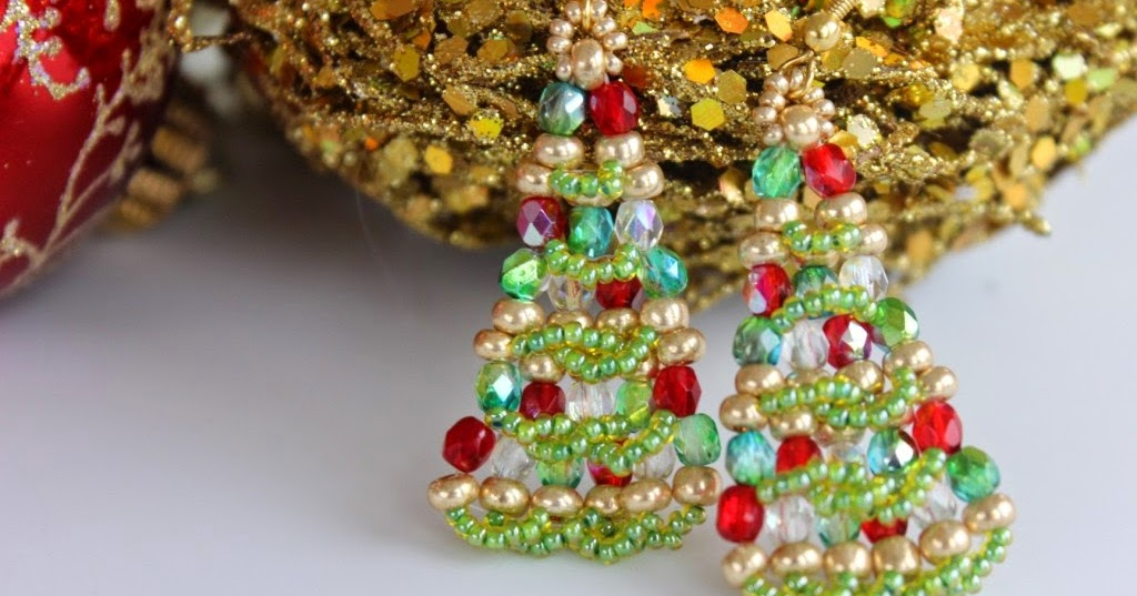 BeadsMadness: Christmas Tree Beaded Earrings