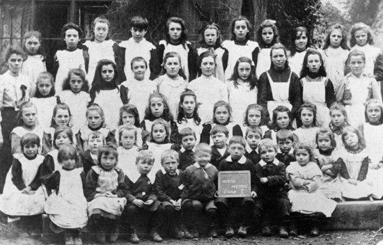 Photograph of pupils of Water End School with Mrs C Cooke c 1903