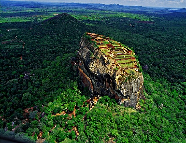 The Most Beautiful Places To Visit In Sri Lanka Most Beautiful Places In The World Download