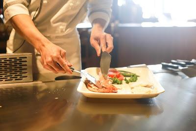 cara memulai bisnis kuliner kekinian yang menguntungkan