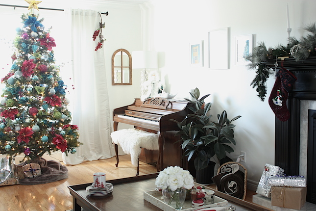 Unique christmas tree decor