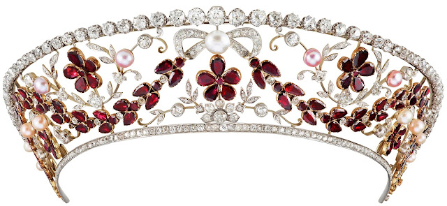 Countess Rosenborg Garnet Kokoshnik Tiara Princess Viggo Denmark Dragsted