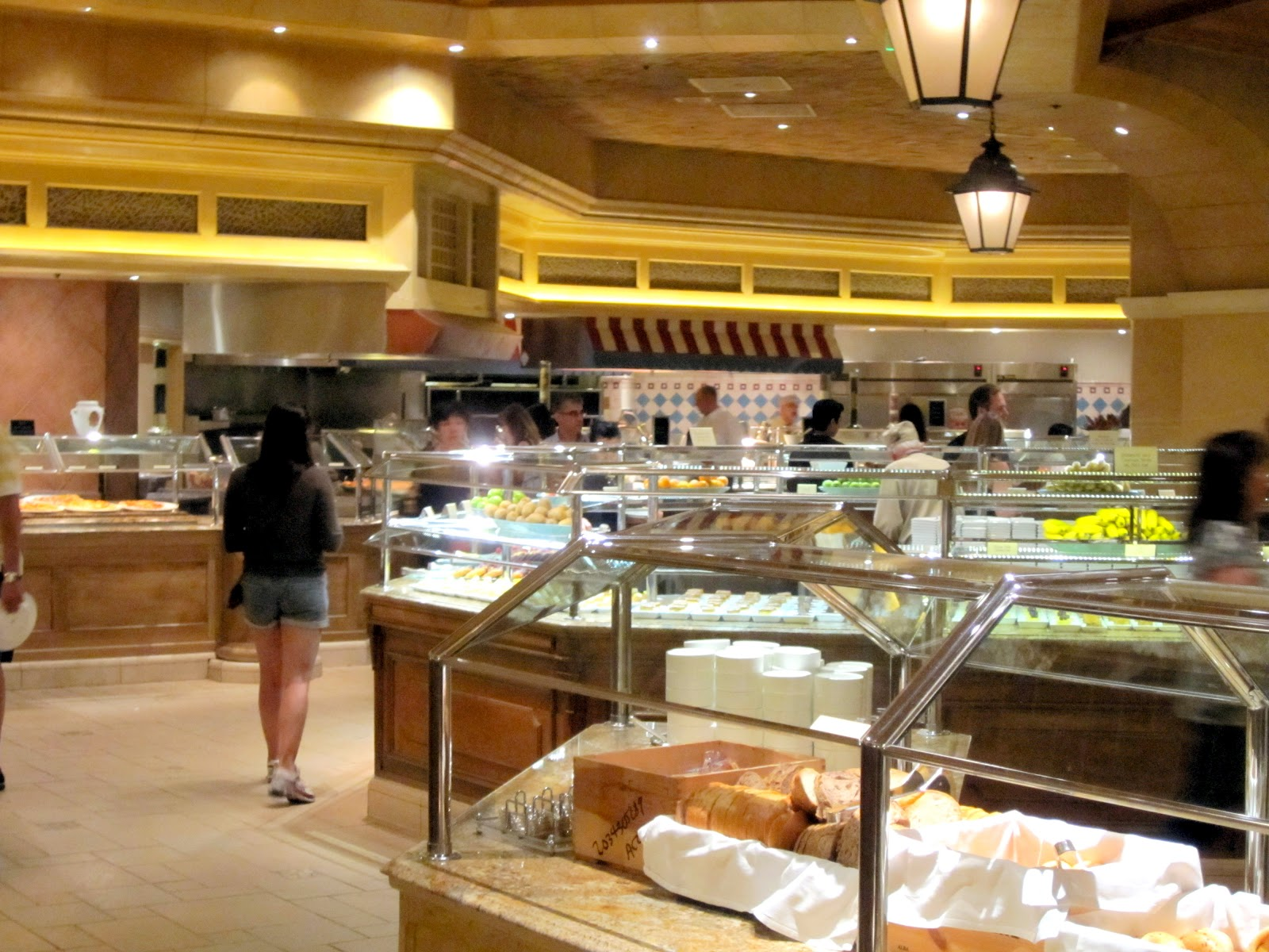 Admirable The Buffet At Bellagio Las Vegas Rolling Writes Interior Design Ideas Tzicisoteloinfo