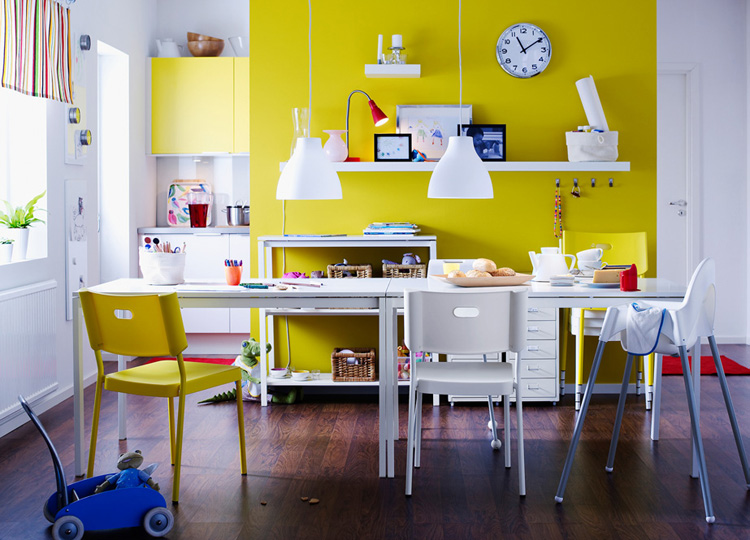 yellow-dining-room
