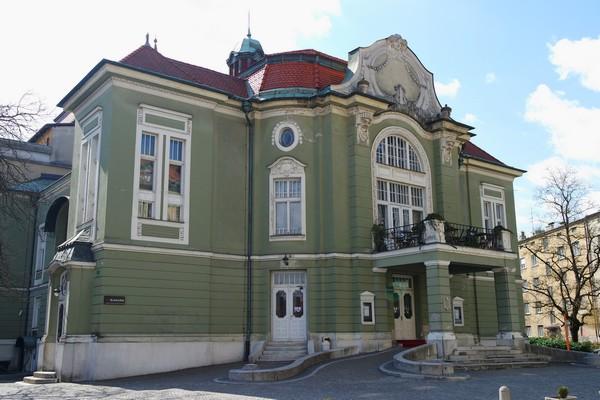 ljubljana art nouveau théâtre national slovène