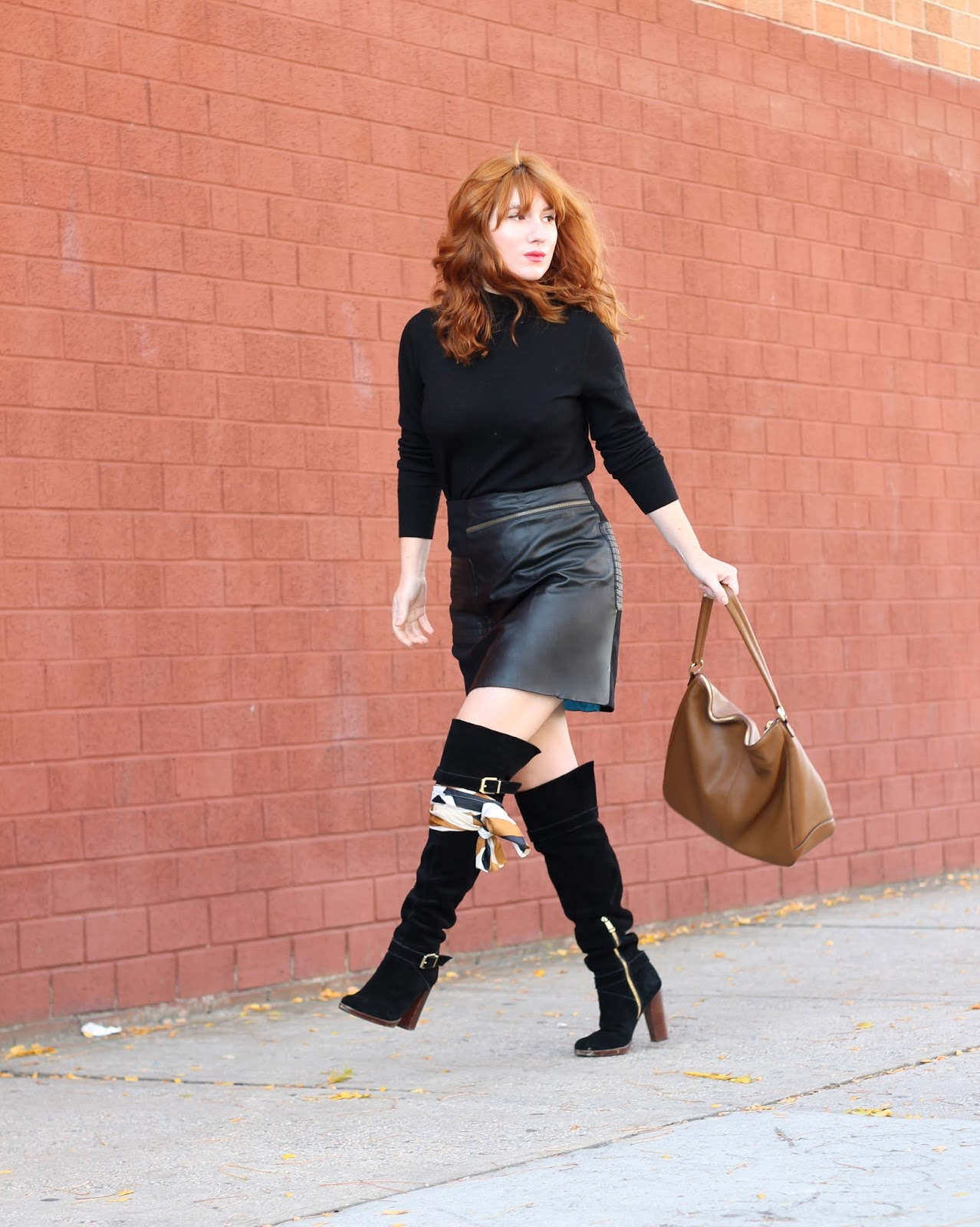 boots, black on black, over the knee boots, ways to tie a scarf, easy ways to tie a scarf