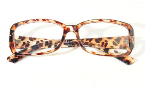 e30b279cfc51f BRECHÓ PASSADO A LIMPO  Armação para óculos de oncinha  VENDIDA