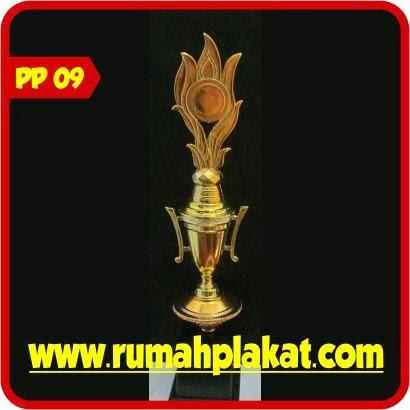 Jasa Buat Piala Trophy Surabaya, Jual Trophy Murah, Harga Piala Murah, 0812.3365.6355